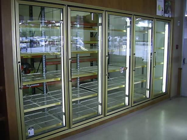 Walk in cooler glass doors set outside victoria victoria for 10 door walk in cooler