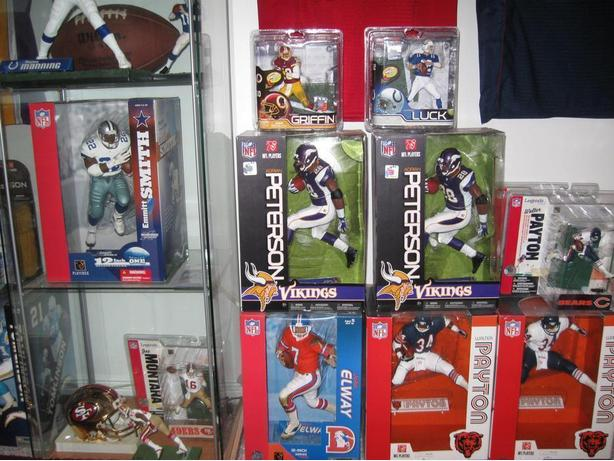 MCFARLANE NFL FOOTBALL FIGURES - 12 INCH, CHASEs, VARIANTs, CLs