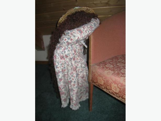 Hide-And-Seek Doll