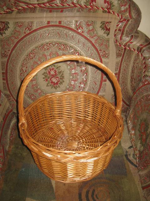 Large Round Wicker Baskets With Handle : Large round wicker basket with handle central ottawa