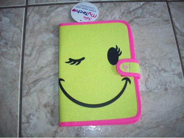 Brand New - E-Reader Smilely Face Case