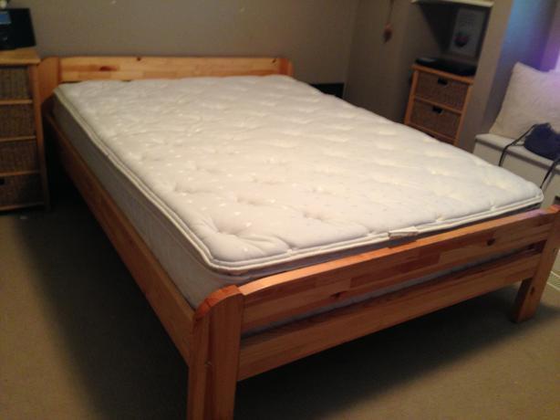 Serta Perfect Sleeper Eastman Pillow Top Queen Mattress