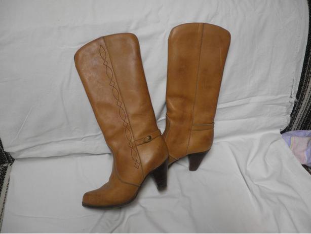 CASH SALE ONLY: Ladies Pajar Leather Cowboy Boots