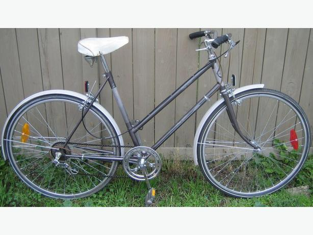"Sears - Free Spirit - Antique Cruiser - tall frame with  26"" tires"