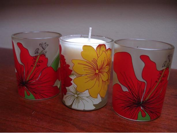NewSetOf 3BeautifulModernRetroFloralDesign Tealight Candle Glass Holders
