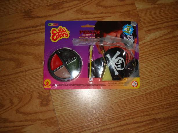 New Pirate Makeup Kit with Eye Patch Halloween - Excellent Condition! $1
