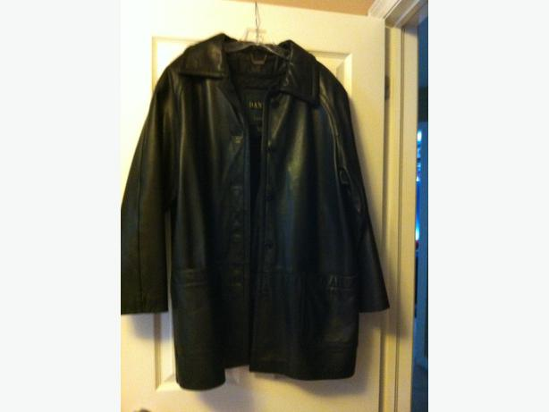 Women's Leather Coat/Jacket