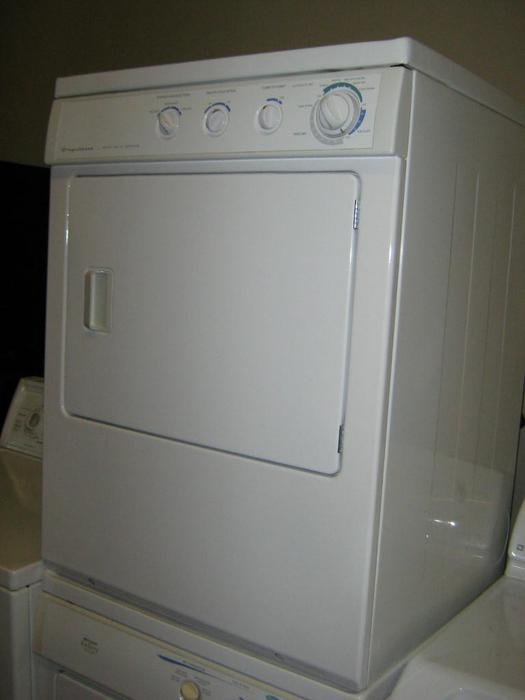 Sale On Stackable Dryers And Washers And One Piece
