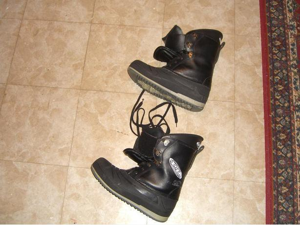SnowBoard with Bindings, and Boots