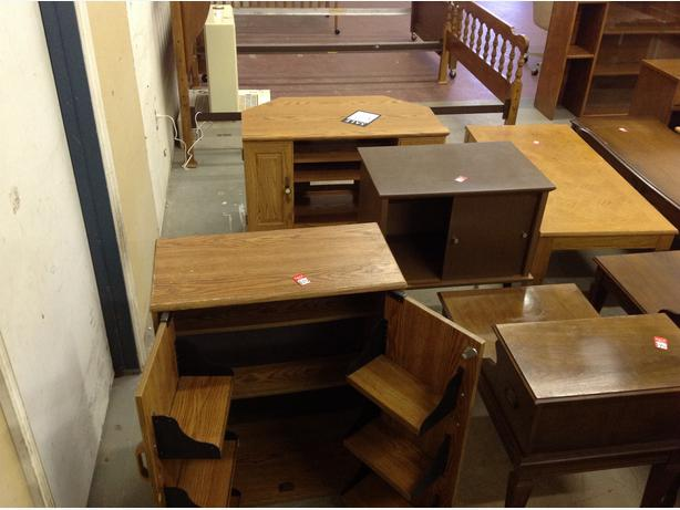 Used Coffee Tables End Tables Bookcases Cabinets