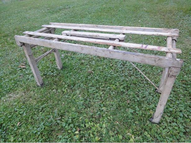 ANTIQUE BT TUB BENCH