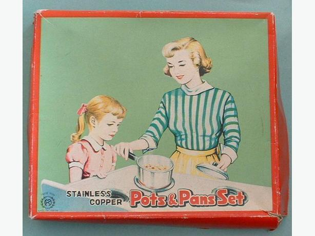 1950's Toy Pots & Pans Set