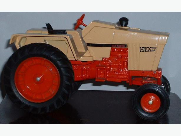 1970's Case 1270 Agri King Tractor