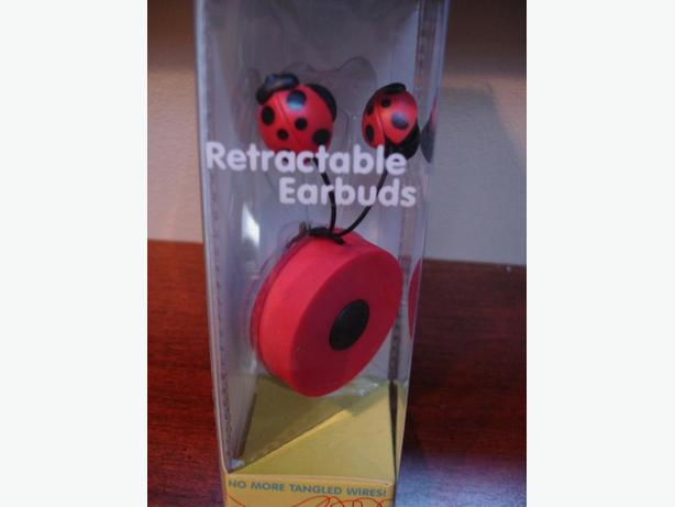 BrandNewVeryCute Ladybug Retractable Earbuds -ExcellentSoundsNoMoreTanglesWires