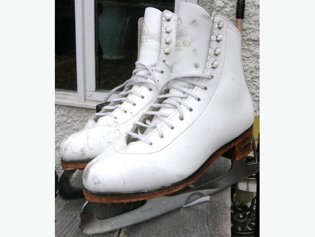 Ladies PRO DAOUST GOLD LABEL Ice Figure Skates Size 5 GC