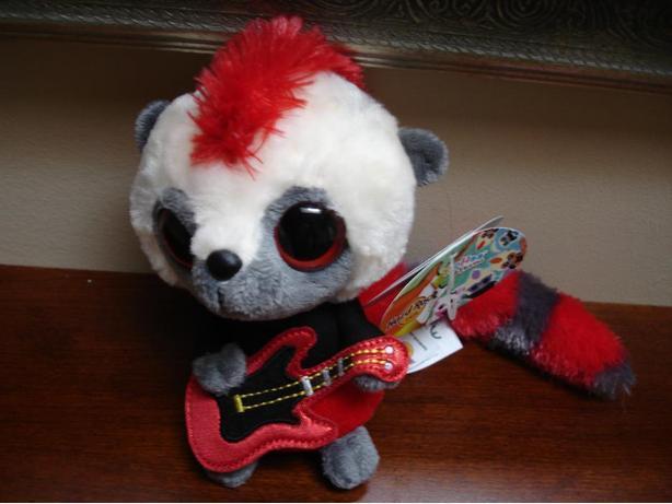 New CuteGenuine Hard Rock Cafe Singing Plush Toy With Maple Leaf Logo