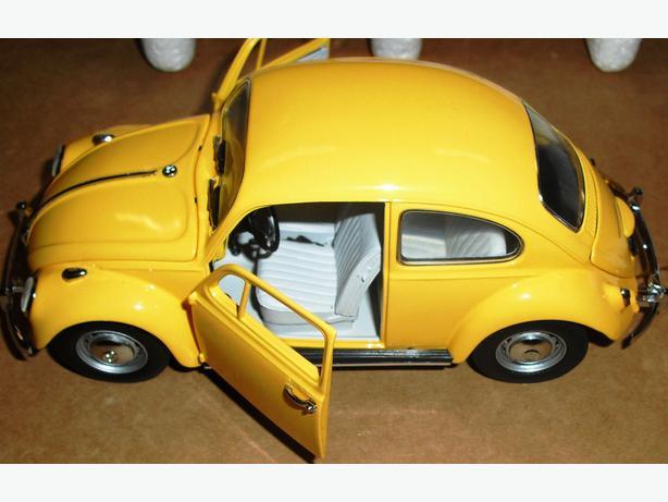 Franklin Mint 1 24 1967 Volkswagen Beetle Yellow Central