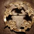 Beautiful Vintage Silver Brooch Decorated with Nice Crystals Fine Details