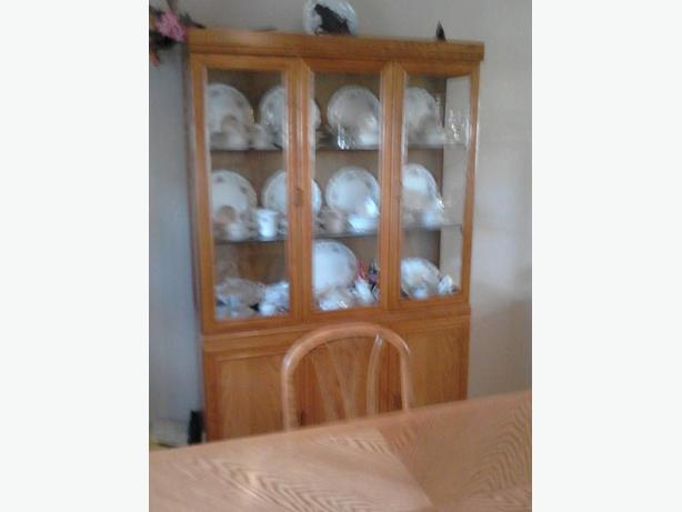 log in needed 650 dining room table chairs china cabinet
