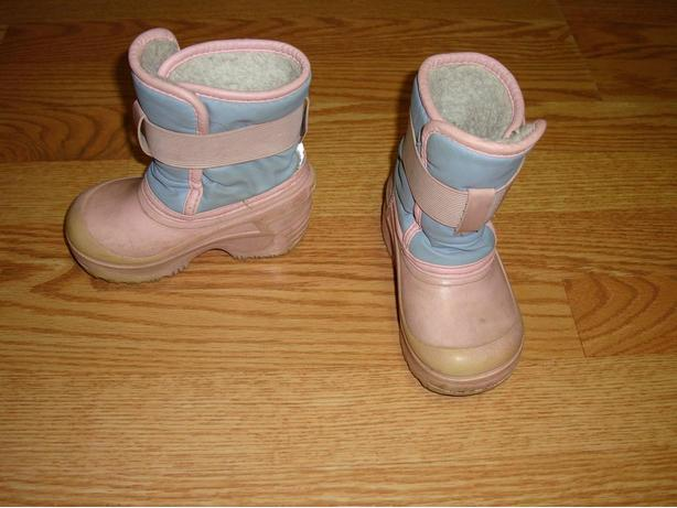 Size 6 Toddler Pink Weather Spirits Winter Boots - $5