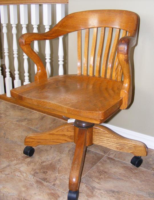 Vintage solid oak h krug swivel office chair rural regina