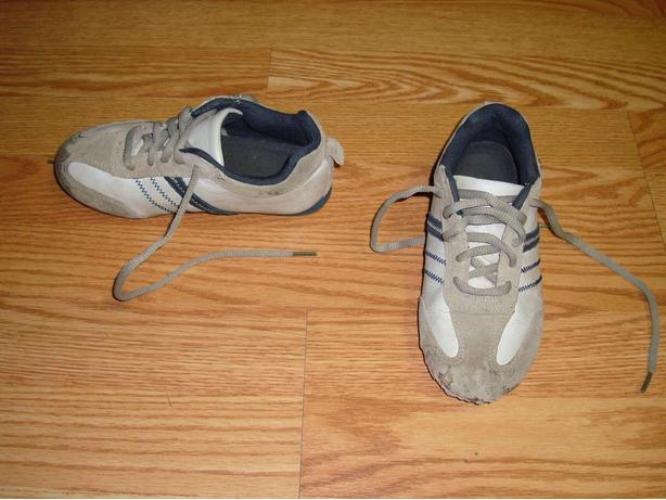 Size 13 Youth Running Shoes Runners For Sale!