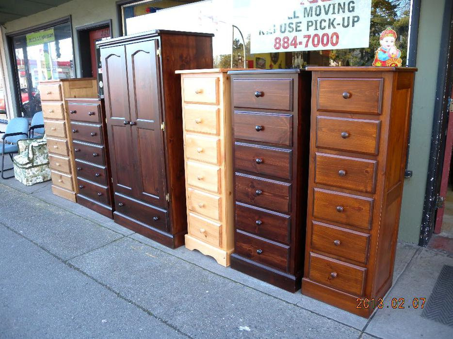 Beautiful brand new lingerie chest on big sale now loi 39 s for Consignment furniture clearwater