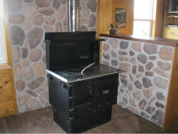 Baker's Choice Wood Cookstove Amish Made ULC Certified New!