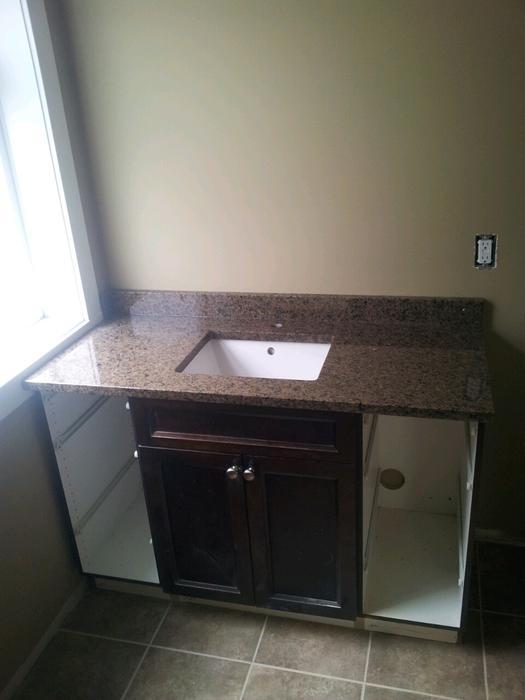 Custom granite bath vanities 40 sqft installed for Bathroom cabinets nanaimo