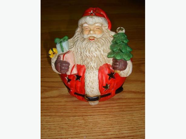 Collectable Santa Candle Holder - Excellent Condition!  $1