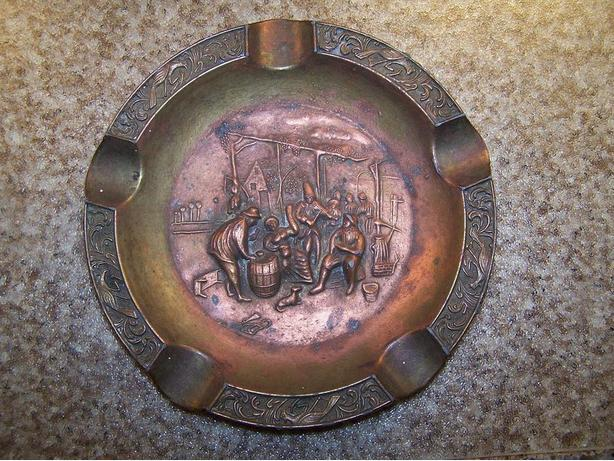 Copper tone Medieval design Ashtray
