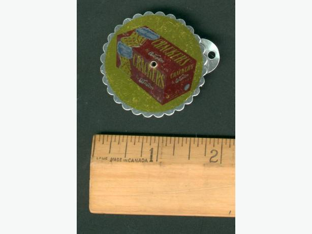 Weston Cracker Key Chain Calender