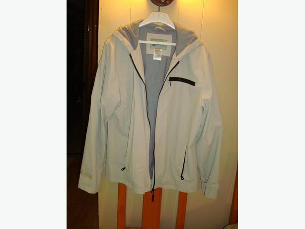 Brand New Beige Coat Size Large 14/16 - Excellent Condition! $6