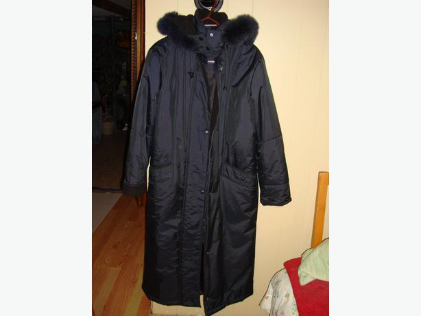 Brand New Fur Lined Full Length Blue Winter Coat Size 7-8  Ladies - $25