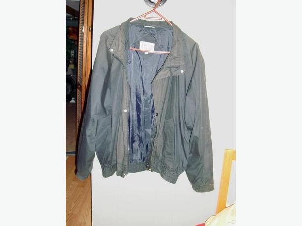 Black Tip Top Coat - Excellent Condition! $1