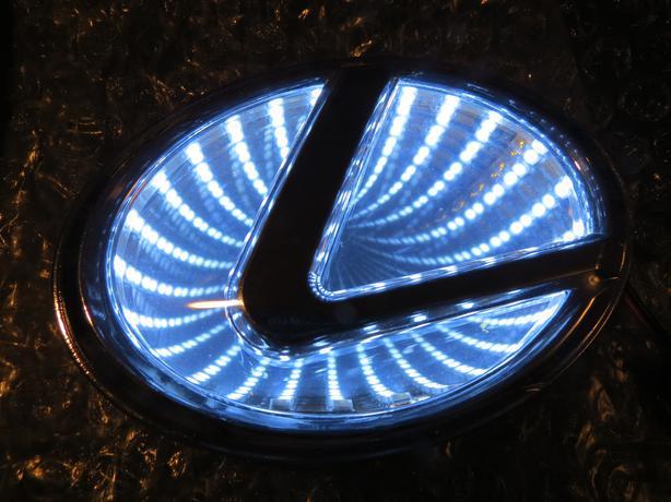 Light Up Car Badge 3d Led Emblem Logos 12volt Saanich