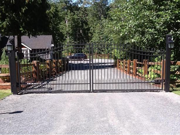 Westcoast Custom Gates Ltd Aluminum Driveway Gates