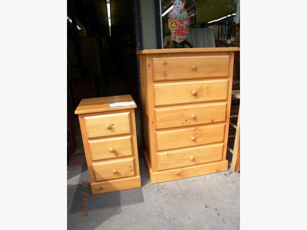 Armoires dressers lingerie chest are on sale now loi 39 s for Armoires lingeres