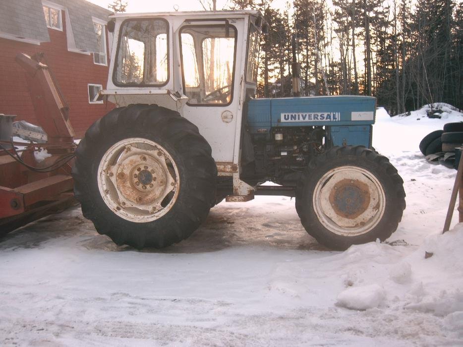 6 Wheel Drive Tractor : Four wheel drive tractor prince county pei