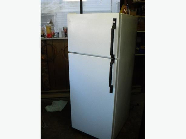 white ge 12 cu ft apartment size frost free refrigerator