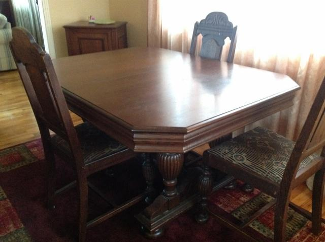 Antique dining room table and chairs oak bay victoria for Dining room tables kelowna