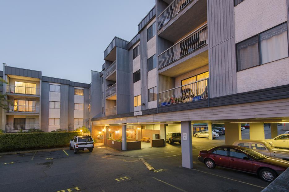 2 Bedroom Apartment For Rent Close To Uvic Camosun Victoria City Victoria