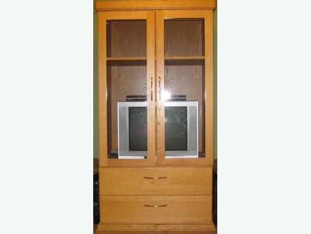Solid Oak Tv Entertainment Cabinet With Glass Doors