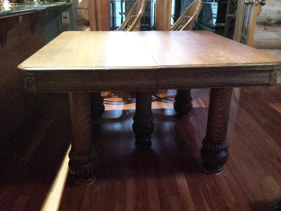Antique 1 4 cut dining room table with leaves inserts for Dining table with leaf insert