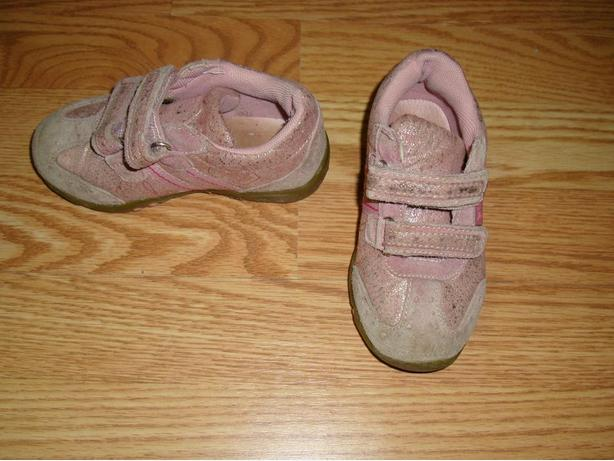 Pink Pair of Runners Running Shoes Size 8 Toddler! $3