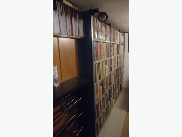 VINYLES/33/45/78 TOURS/LP/DISCS/RECORDS