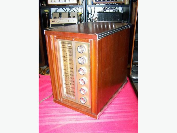 Philips Tube Radio