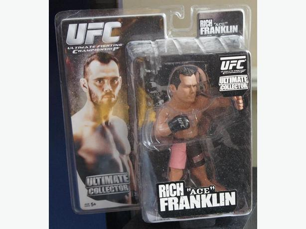 UFC Ultimate Collection Figure