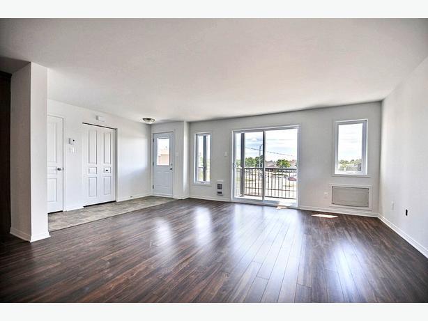 Tout nouvel appartement trois chambre coucher b timent for Chambre 608 hopital de hull