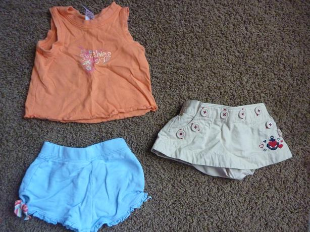 1 Tank Top & 2 Shorts - Size 3-6 Months